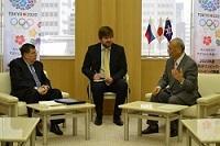 エヴゲーニー・ウラジミロヴィッチ・アファナシエフ 駐日ロシア連邦大使が、表敬のため都庁を訪問されました。