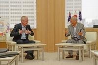 ブルース・ミラー 駐日オーストラリア大使が、表敬のため都庁を訪問されました。