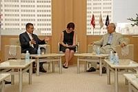 ファラード・クリフ 駐日チュニジア共和国大使が、表敬のため都庁を訪問されました。
