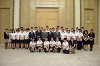 中国小大使(北京市の高校生30名)代表団一行が、表敬のため都庁を訪問されました。