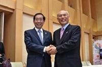 朴元淳(パク・ウォンスン) ソウル特別市長が、知事と会談されました。