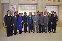 フランシス・トレンティーノ マニラ首都圏開発庁長官及びマニラ首都圏を構成する自治体の首長一行が、知事と会談されました。