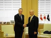 A.カーステン・ダムスゴー 駐日デンマーク王国大使が、表敬のため都庁を訪問されました。