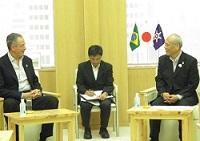 アンドレ・アラーニャ・コヘーア・ド・ラーゴ 駐日ブラジル連邦共和国大使が、表敬のため都庁を訪問されました。