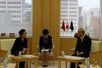 呂錫文(ろ・しゃくぶん) 北京市高級顧問が、知事と会談されました。