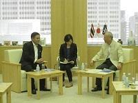 シハサック・プアンゲッゲオ 駐日タイ王国大使が、表敬のため都庁を訪問されました。