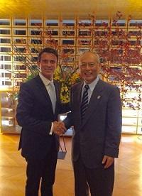 舛添知事とマニュエル・ヴァルス フランス共和国首相が面会しました。
