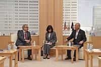 ダト・アハマッド・イズラン・イドゥリス 駐日マレーシア大使が、表敬のため都庁を訪問されました。