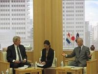 エバハート・エザート・ファン・デル・ラーン オランダ王国アムステルダム市長が、知事と会談されました。